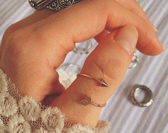 Arrow Wrap Thumb Ring: boho, hippie, 90s, beach, for her