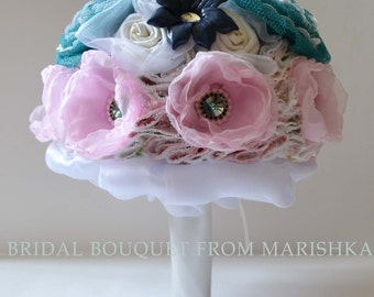 Brooch wedding bouquet