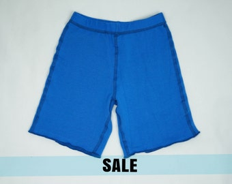 Kids seamless shorts, sensory friendly baggy shorts, boys clothes, girls clothes, royal blue,