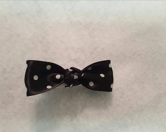 Girls polka dot bow, Polka Dot Hairbow, Toddler hairbows, black and white bow, Everyday Hairbow, Bow tie Hairbow, Infant hairbow