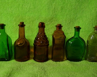 6 collectible reproduction wheaton miniature bottles