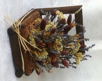 Decoration with dried flowers and herbs