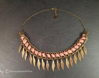 Statement necklace bronze pink