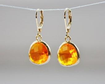 orange glass earrings, orange earrings, orange and gold earrings, apricot earrings, glass stone earrings, orange stone earrings