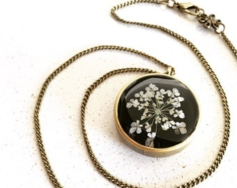 Reversible White Queen Anne's Lace with Black Background in Antique Bronze Open-Back Bezel Resin Necklace, Resin Pendant