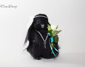 Needle felted Bunny. Black bunny. Miniature sculpture. Black Rabbit. Handmade Bunny. Felt toy black rabbit. As a gift. Animals Bunny .