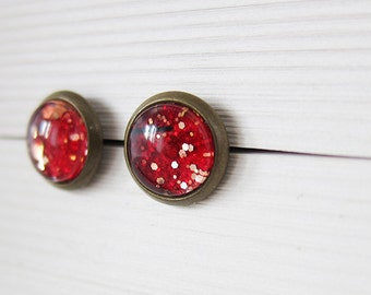 Sparkling magenta * hand painted * glass cabochon * ear studs