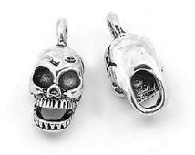 Skull Charm. Halloween Charm x 10. Antique Silver Tibetan 16mm