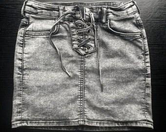 Size 8 Grey Stretch-Denim Skirt