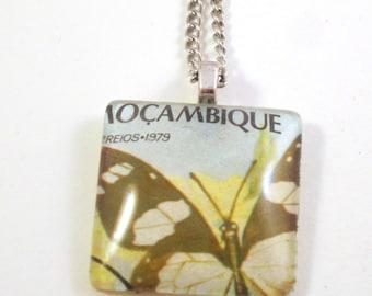 Postage stamp necklace 30 mm