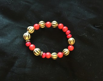 Red and gold stretch bracelet
