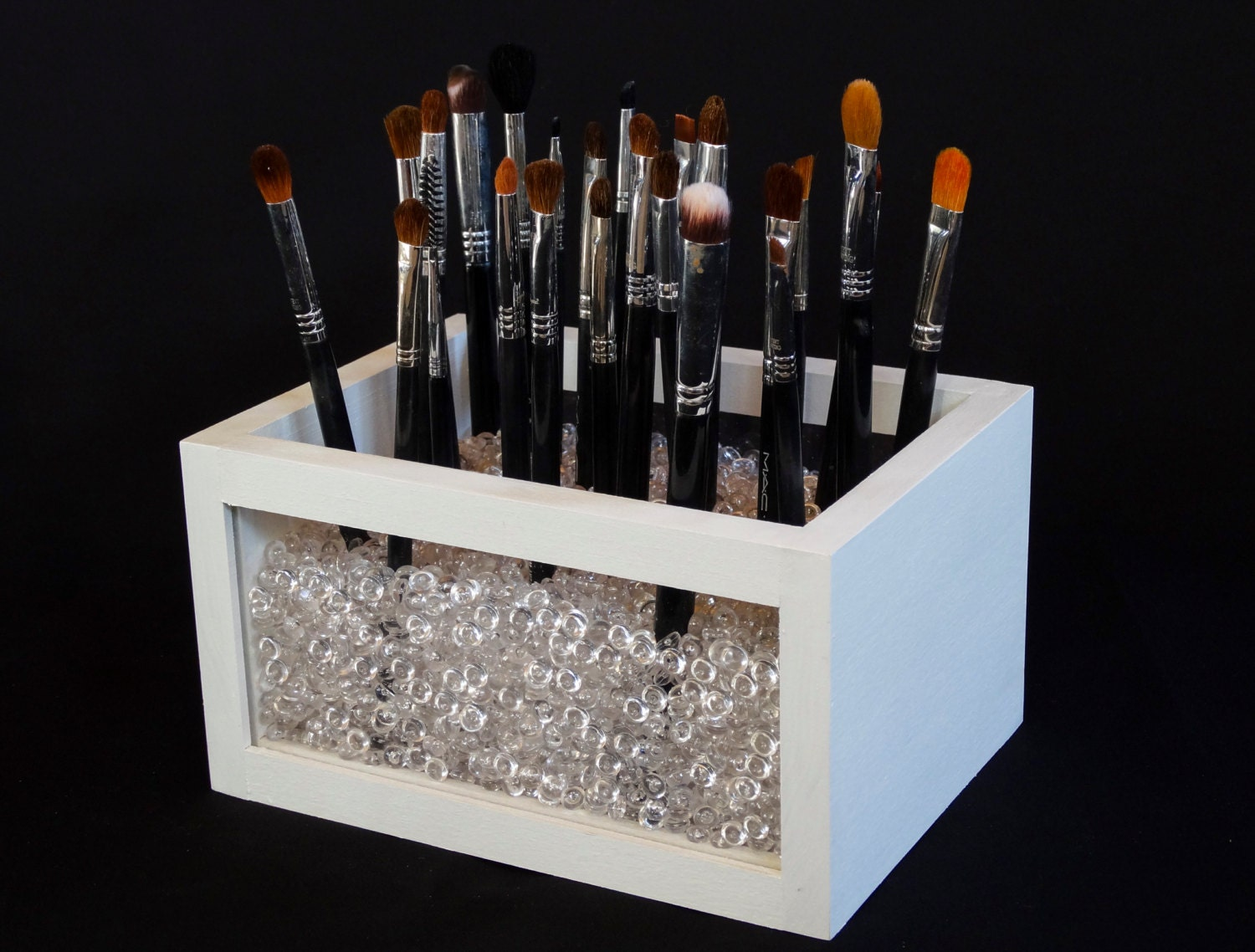 Small wood and acrylic makeup brush holder makeup brush for Organiser un stand