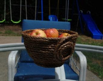 Large Teacup Style Basket