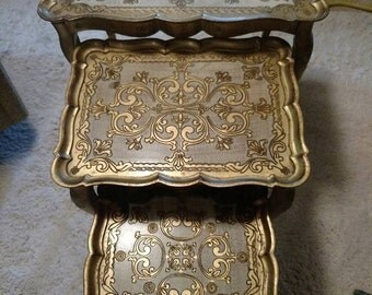 ITALIAN FLORENTINE NESTING tables/set of three/vintage/1960's