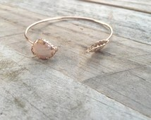 Fresh Water Pearl Shell & Etched Leaf Cuff Bracelet- ROSE GOLD
