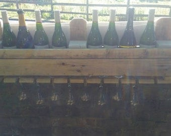 Wine rack/champagne shelf homemade from recycled pallet wood