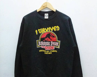 Hot Sale!!! Rare Vintage JURASSIC PARK Movie Big Logo Spell Out Crewneck Sweatshirt Medium Size