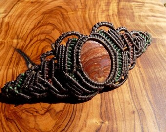 macramé - northern-Thai Red Jasper bracelet