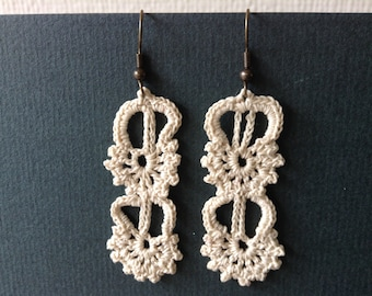 Lacy Crochet Earrings wedding ecru cream bride bridal