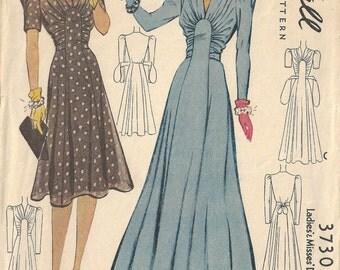 1940 WW2 Vintage Sewing Pattern B30' DRESS (1663)  McCall  3730