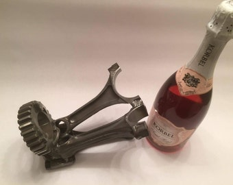 Triple rod and gear beverage holder