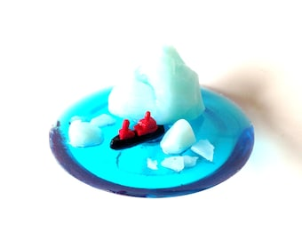 Ring THE ICE BREAKER -- Ring with miniature arctic scene, ice breaker by The Sausage
