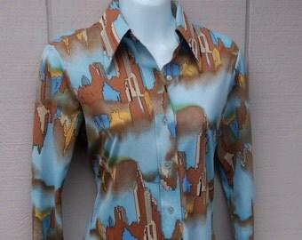 Vintage 70s Art Deco Skyline Print Stretch Knit Blouse / Novelty print Shirt  // Size Sml - Med