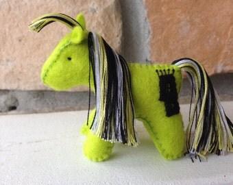 Gustavo pony