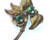 Vintage Green Flowers Antique Brass Brooch - Floral Leaves Stems Metal Pin - Green Faceted Glass Stones - Large Statement Brooch - 40s 1940s