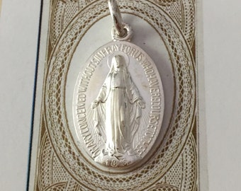 VINTAGE MIRACULOUS MEDAL Silver Plate Virgin Mary Classic Detail