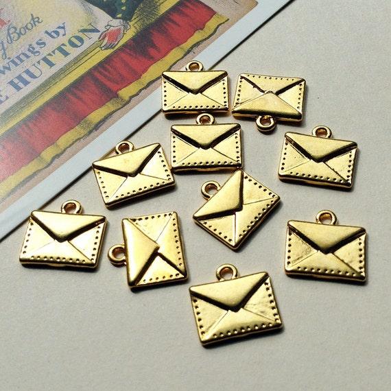 bulk lot 50 mini envelope charms 15x14mm small goldtone letter