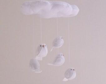 Baby mobile all white, gender neutral nursery decor - bird mobile - cloud mobile