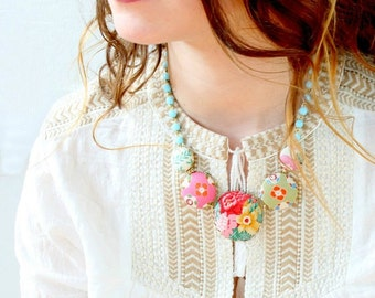 The Vintage Rose Statement Necklace