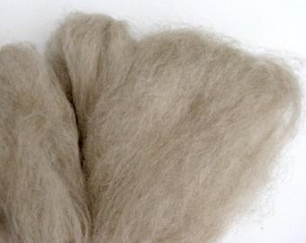 Light Fawn Suri Alpaca Roving / Fiber - 2 ounces