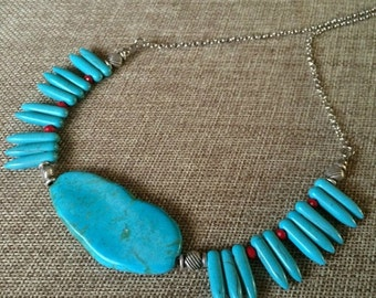 SUMMER SALE Turquoise Stone Necklace / Turquoise Spiked Necklace / Spike Necklace / Bib Necklace / Bohemian Jewelry / Focal Bead Necklace
