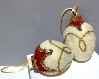 Christmas Ornament, Felted Wool, Vintage Inspired, Christmas Holiday white gold red bowl filler, holiday decor, wool tree ornament