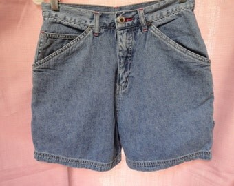 Denim Shorts High Waisted From the 80s Size 6