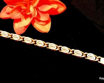 Monet Bracelet, Gold Tone Bracelet, Vintage Monet Link Bracelet, S Link Bracelet, Christmas Gift