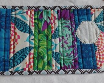 Mug Rug. Candle mat. Modern mug rug. Mini quilt. Snack mat.