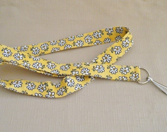 Daisy on yellow - handmade fabric lanyard