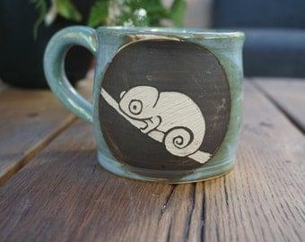 Cute Chameleon sgrafitto Coffee Mug