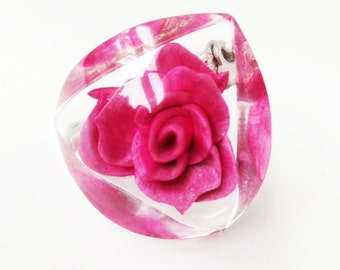 Vintage Rose in Lucite Brooch Pink Fuchsia Retro 50s 60s Pin Flower Encased in Plastic