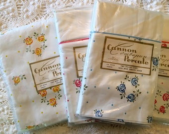 Cannon Combspun Percale Sheet & Pillowcases - Rose Wreath Pattern Roses - NOS - Unused All Cotton Linens - NIP