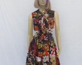 vintage 60s BOW NECK DRESS | mad men floral print | S M