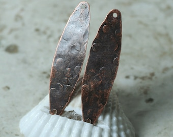 Hand hammered antique copper oval connector dangle drop size 38x9mm, 2 pcs (item ID XW00321ACD)