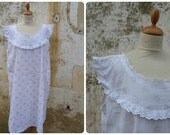 Vintage 1920 /1930  soft pink floral cotton nightgown adorned  with white eyelet trim  size M/L