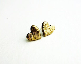 Scratch Puffy Heart Studs in Brass