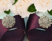 Sale Wedding shoe clips, clear crystal, flower shoe clips, silver shoe clips, bridal shoe clips, wedding shoes, rhinestone shoe clip, set of