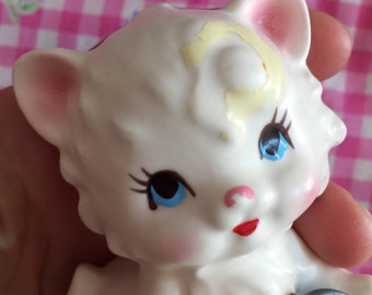 Vintage Ceramic  Kitten Figurine..Mama and Baby...Cat.. Collectibles ...Super Cute..Adorable