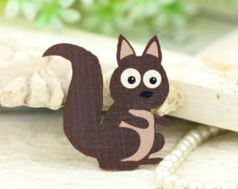 4pcs Wood Squirrel Charms, Laser Cut Wooden Squirrel Pendants HW045B